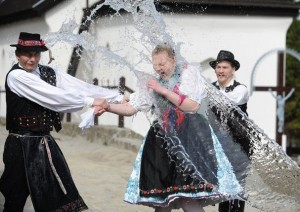 водяной обряд в венгрии