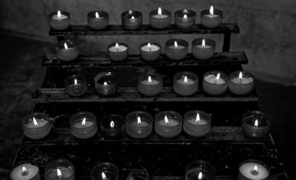 чёрно-белые свечи