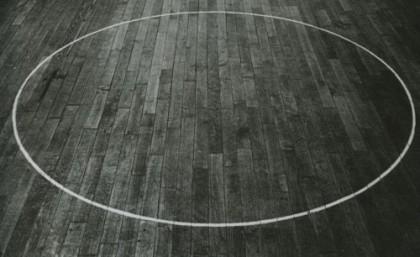 круг на полу