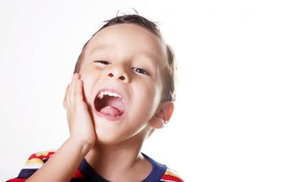 болит зуб у ребёнка