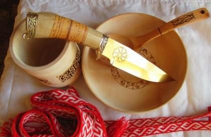 нож с Коловратом