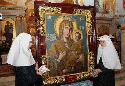Тихвинская икона Богоматери в монастыре
