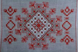 Вышивка оберегов крестом