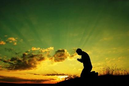 Благодарственные молитвы: кому и как правильно возносить